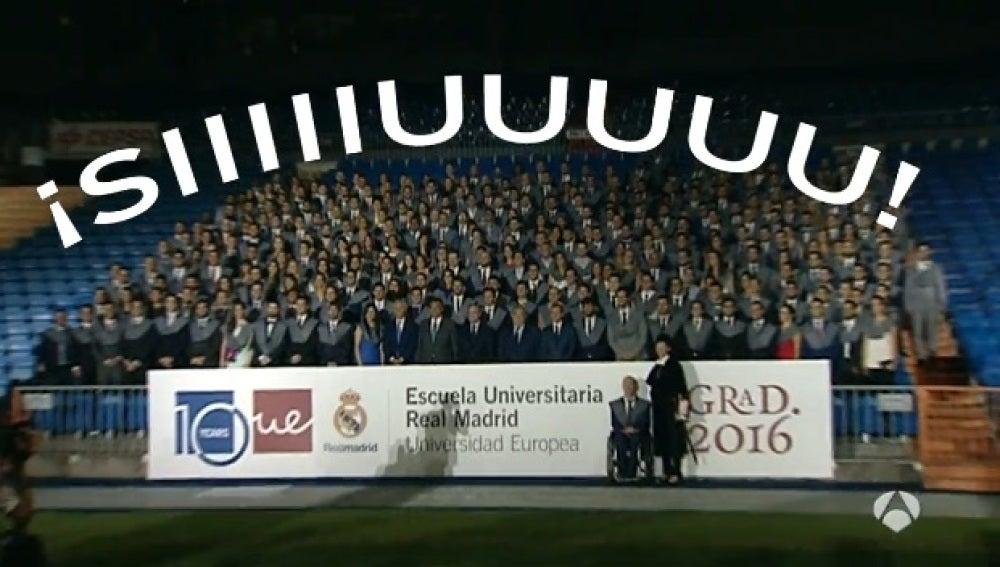 Graduación en el Santiago Bernabéu