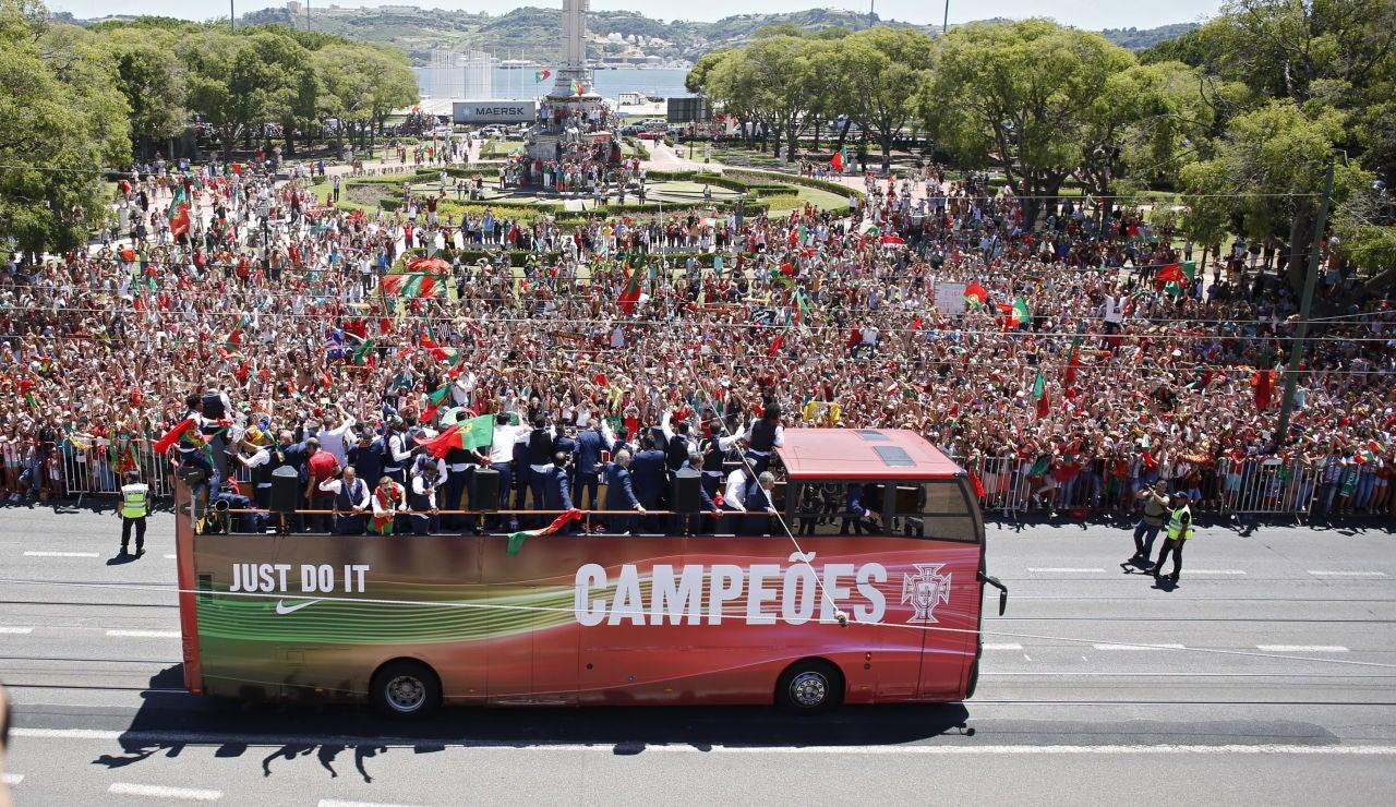 La afición recibe a la selección de Portugal en Lisboa