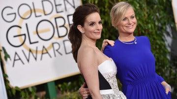 Tina Fey y Amy Poehler, deslumbrantes en los Globos de Oro