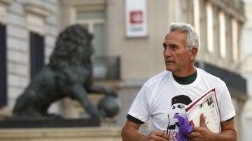 Diego Cañamero acude al Congreso con una camiseta de Andrés Bódalo
