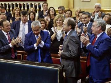 Aplausos para García-Escudero tras ser reelegido presidente del Senado