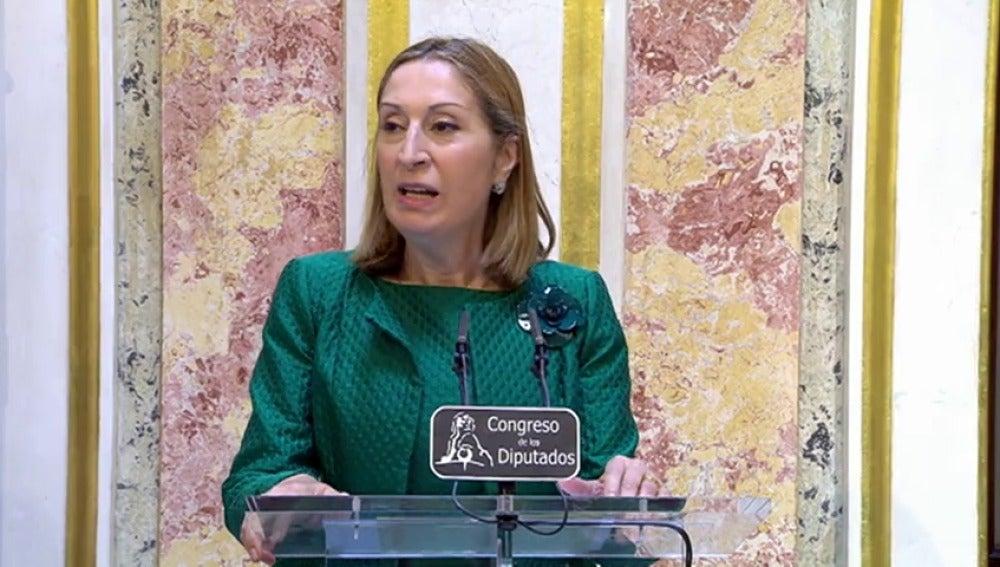 """Frame 7.01905 de:   Ana Pastor: """"El Rey ha mostrado su satisfacción para que esta legislatura se ponga en marcha"""""""
