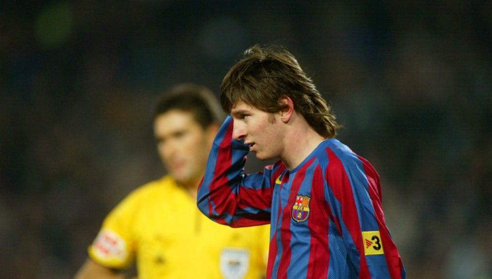 Messi, con el pelo largo