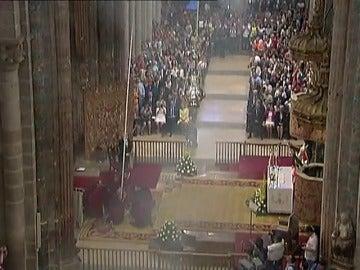 Frame 67.82528 de: El arzobispo de Santiago, Julián Barrio, apuesta por la fe para erradicar las causas del terrorismo