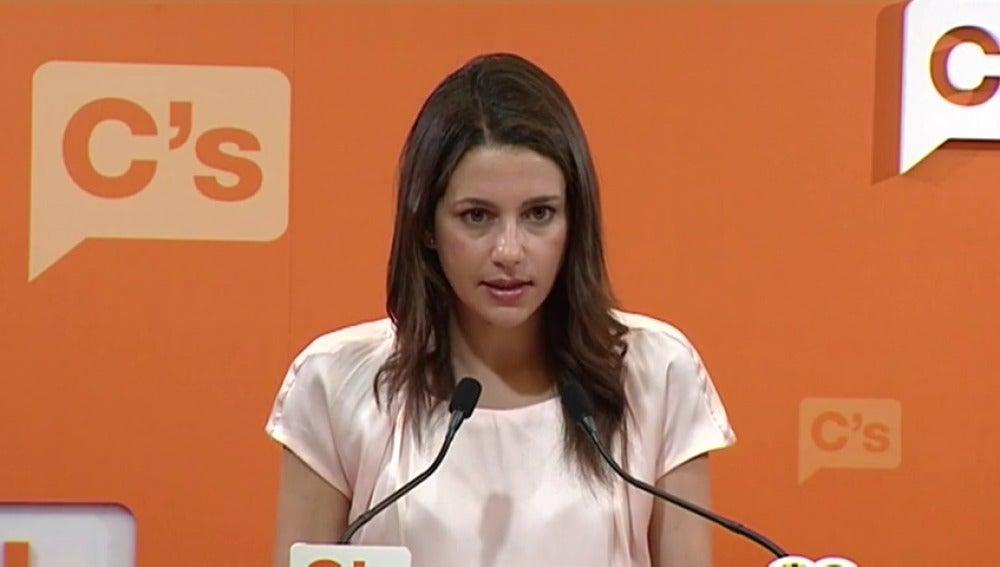 """Frame 3.011498 de: Inés Arrimadas: """"Necesitamos que el Partido Socialista se abstenga"""""""