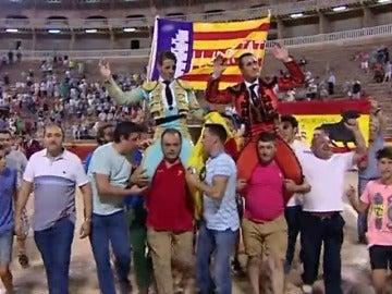 """Frame 2.179547 de: Partidarios de las corridas de toros piden """"libertad"""" en Mallorca"""