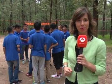 """Frame 10.852526 de: El """"Team Building"""" arrasa entre las empresas de China"""