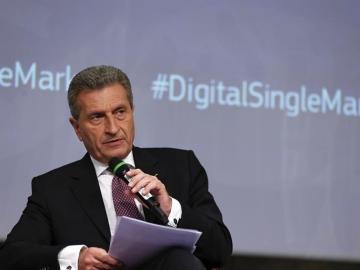 El comisario europeo de Economía y Sociedad Digitales, Günther Oettinger.