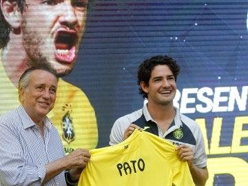 Alexander Pato, en su presentación como jugador del Villarreal