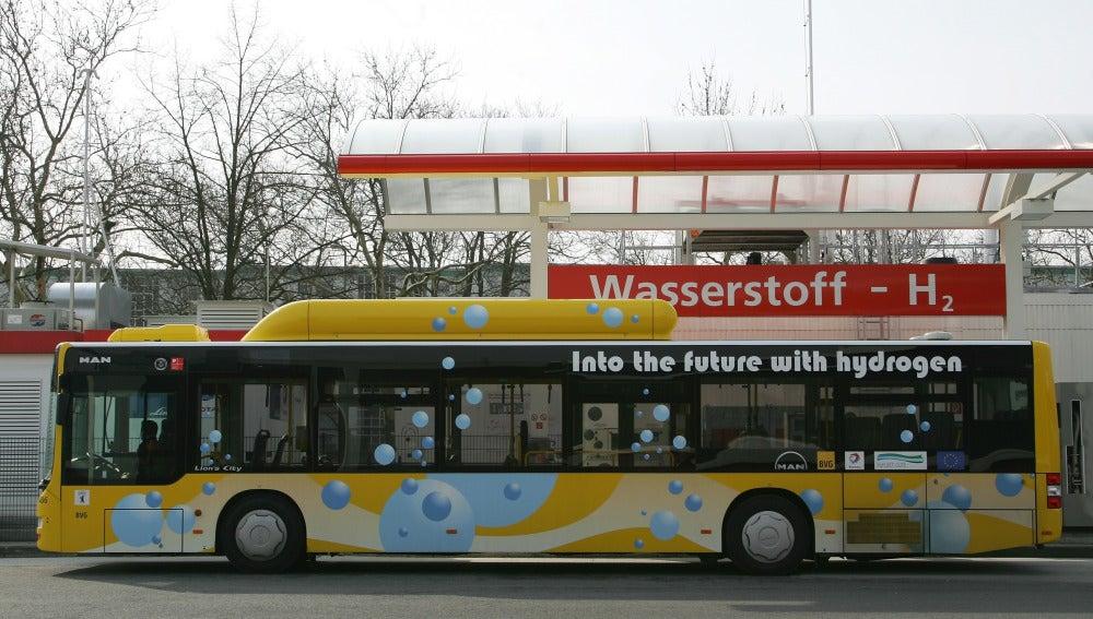 Autobús repostando en Alemania