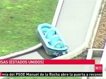 Frame 9.168034 de: Muere un niño en el tobogán acuático más alto del mundo
