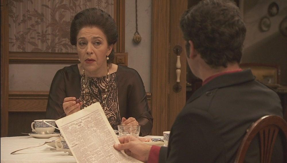 ¿Está Francisca detrás del vil artículo?