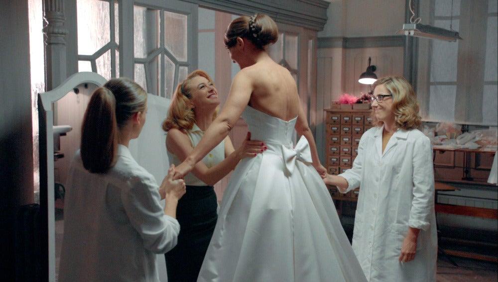 Ana, modelo del vestido de novia de Cristina