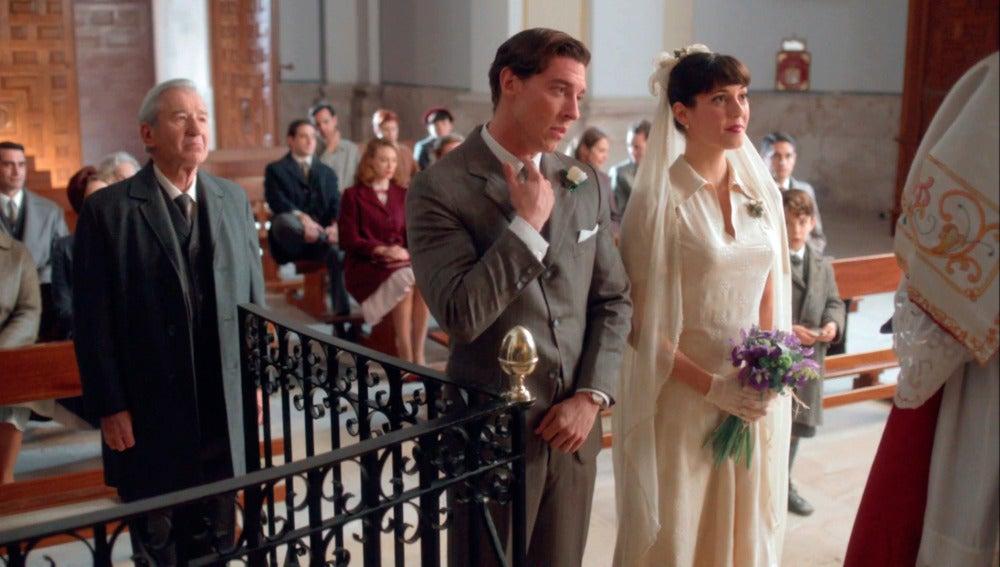 Pedro deja a Rosamari plantada en el altar