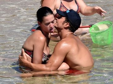 Katy Perry y Orlando Bloom disfrutan en Cerdeña
