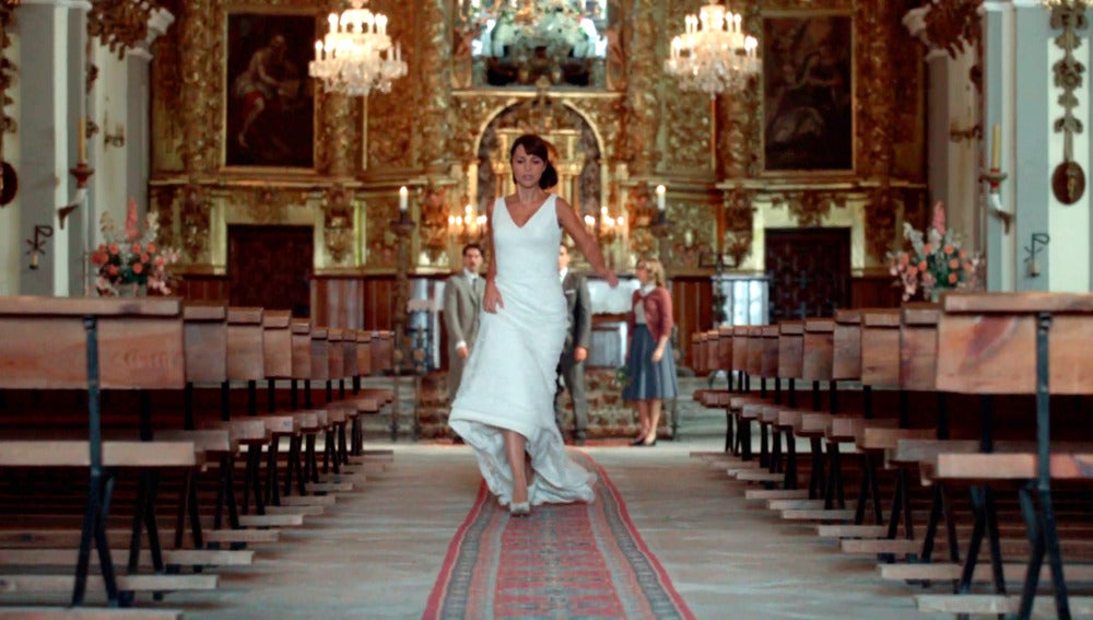 Ana deja a Alberto plantado en el altar