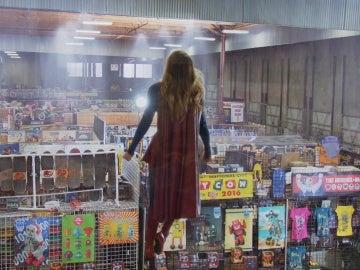 Supergirl captura a Toyman