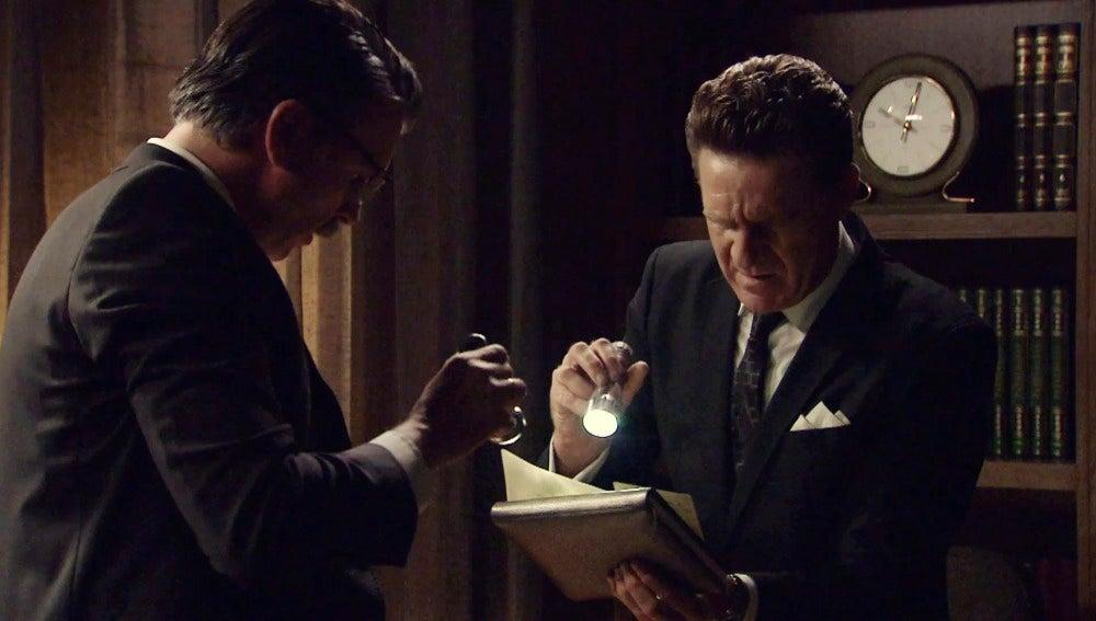 Víctor y Tomás consiguen las pruebas contra Martos