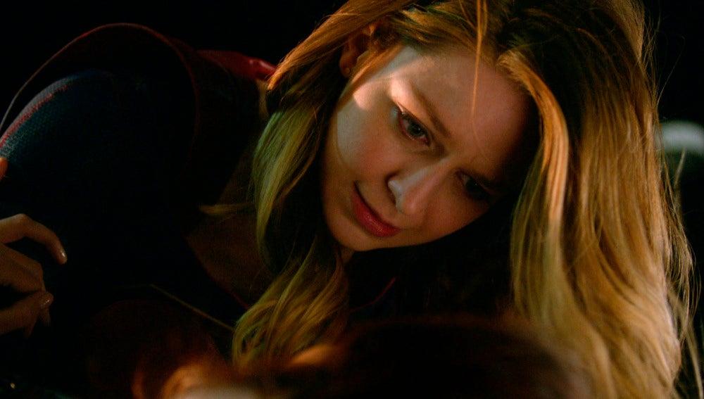 Kara dice adiós a su tia