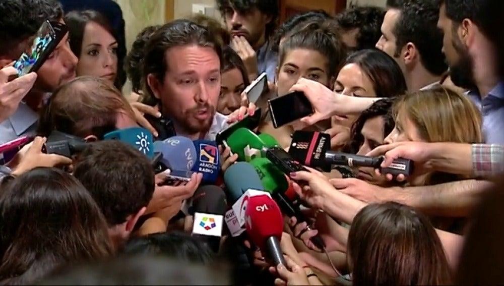 """Frame 13.837488 de: Iglesias: """"Sánchez y yo estamos de acuerdo en que, si el PP fracasa, habrá que dialogar"""""""