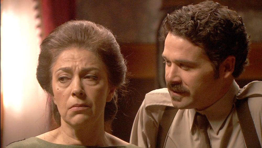 ¿Qué le entregará Francisca a Severo?