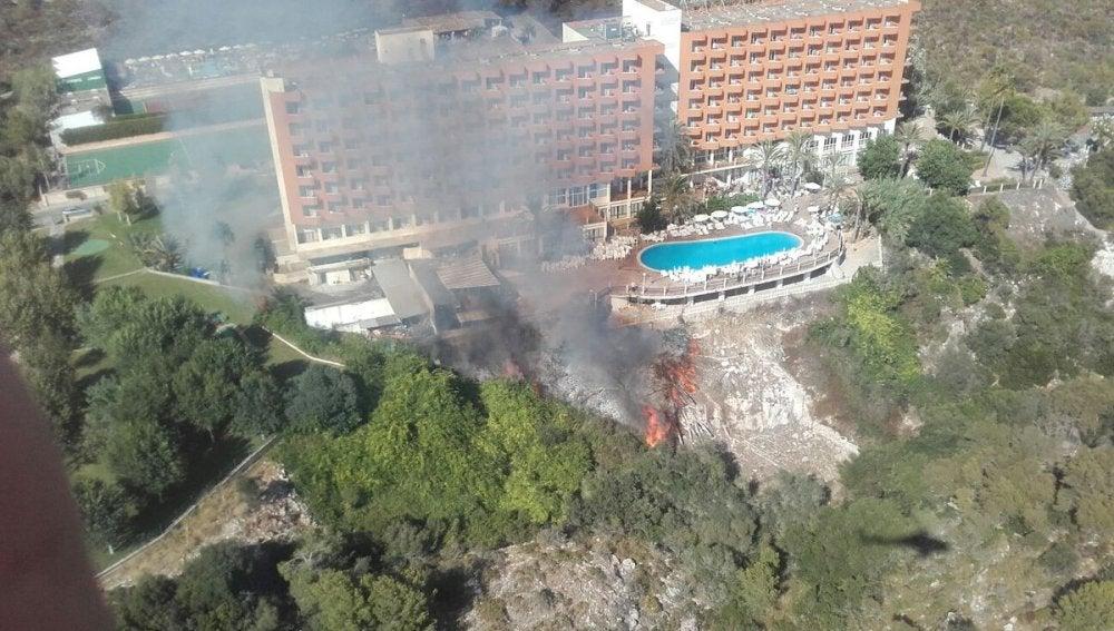 hotel donde han sido desalojadas 800 personas por un incendio