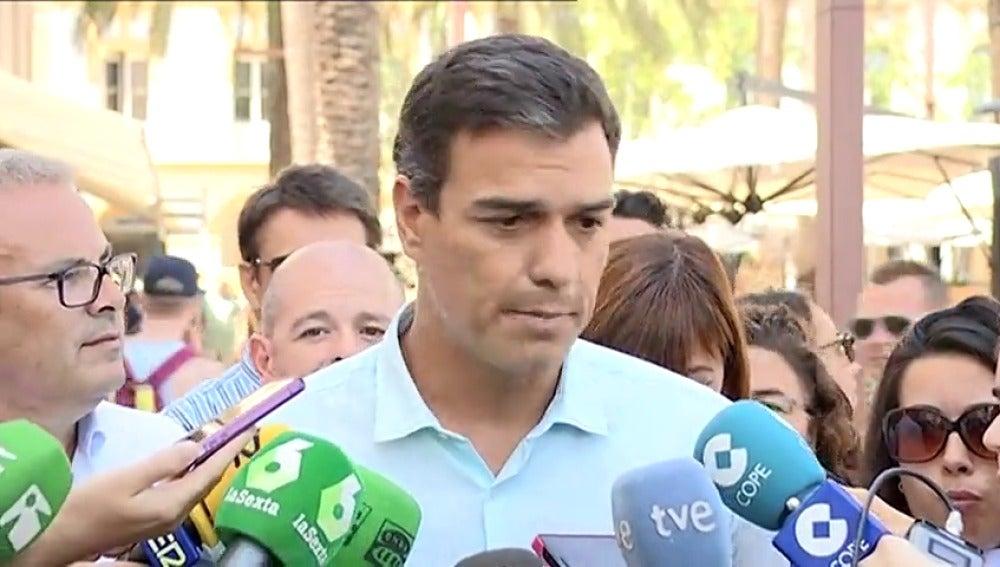 """Frame 3.83278 de: Pedro Sánchez insiste en que el PSOE votará """"no"""" a la investidura de Mariano Rajoy"""