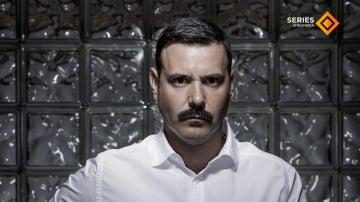 Miguel Fernández es Pablo Torres
