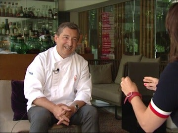 Mónica Carrillo entrevista a Joan Roca en 'Fuera de Contexto'