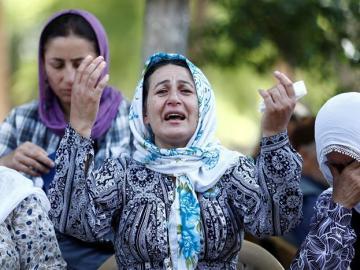 Mujeres tras el atentado de Turquía