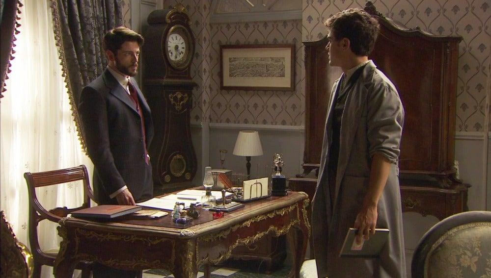 Matías y Hernando hablan sobre Beatriz