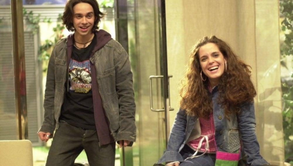 Laura y Rafa, pareja en 'Mis Adorables Vecinos'