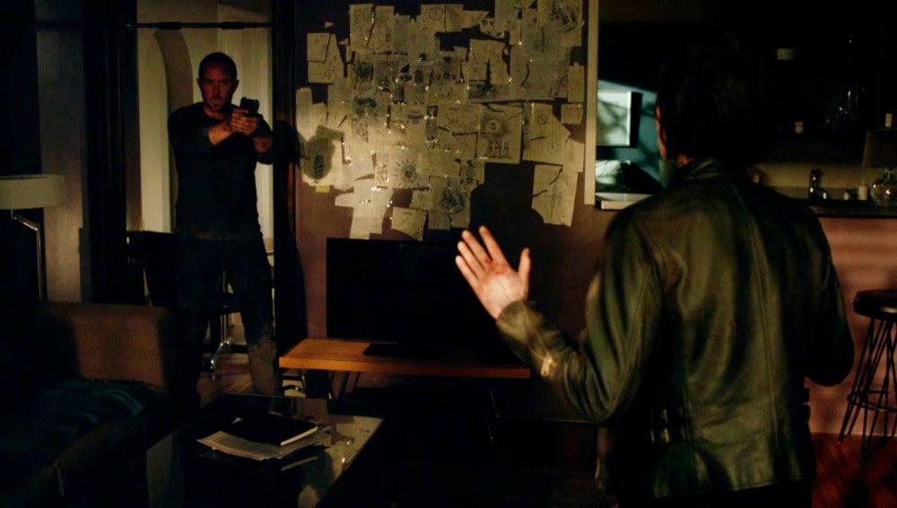 Kurt detiene a Jane
