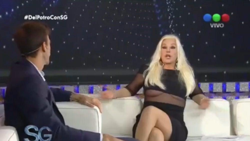 A una periodista argentina se le sale un pecho en una entrevista con Del Potro.