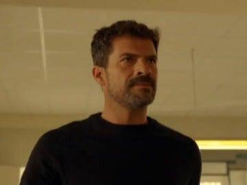 Frame 2.299672 de: ¿Cómo afectará a Héctor la llegada de Pablo?