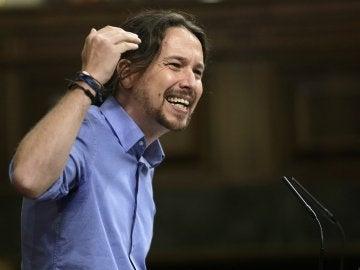 """Pablo Iglesias, a Mariano Rajoy: """"Es mentira que vayan a combatir la corrupción; ustedes lo son, está en sus genes"""""""