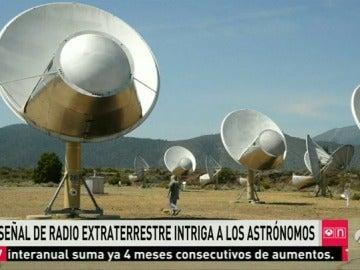 Frame 12.497877 de: extraterrestre