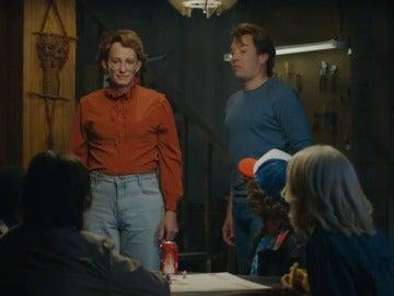 Frame 59.223629 de: Barb regresa a 'Stranger Things' gracias a Jimmy Fallon