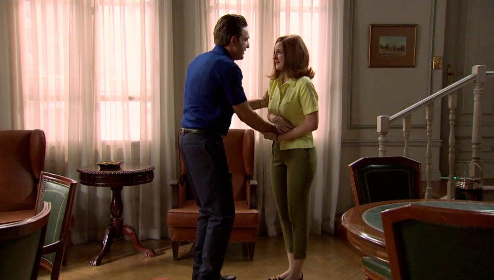 Víctor y Loli se reencuentran tras el secuestro