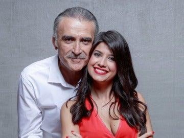 Ares Teixidó y Juan y Medio, presentadores de 'El amor está en el aire'