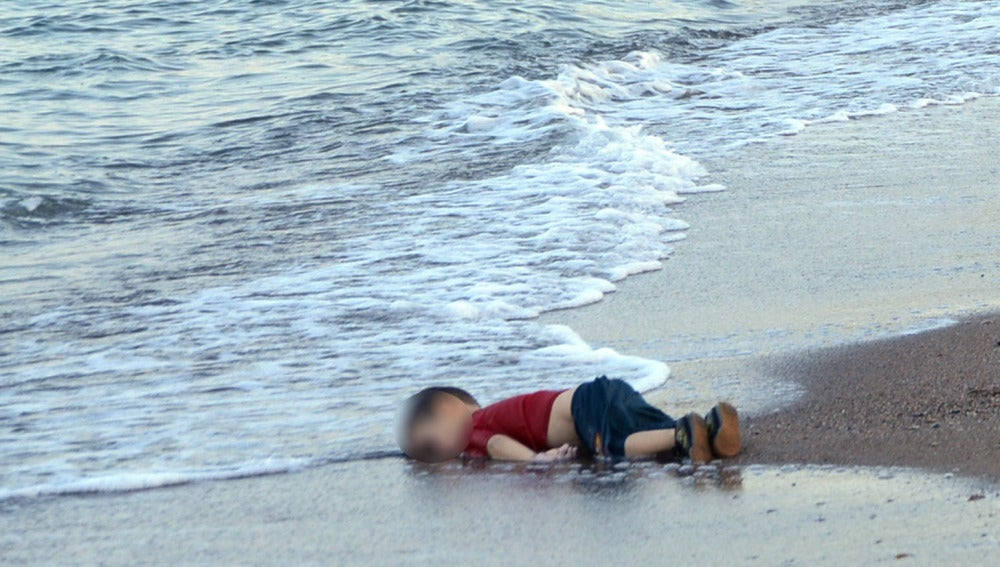 Se cumple un año de la muerte de Aylan, una imagen que indujo a promesas que se ahogaron con el pequeño