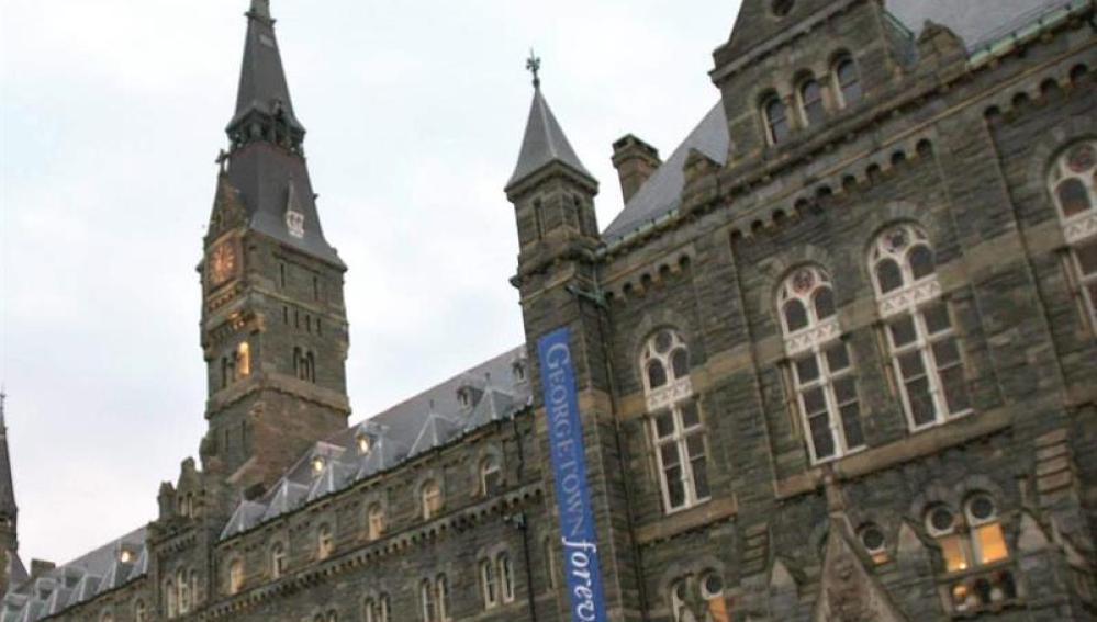 Fachada exterior de la Universidad de Georgetown, en Washington, Estados Unidos