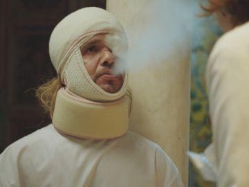 Tyrion Lannister visita la Clínica Híspalis en 'Allí Abajo'