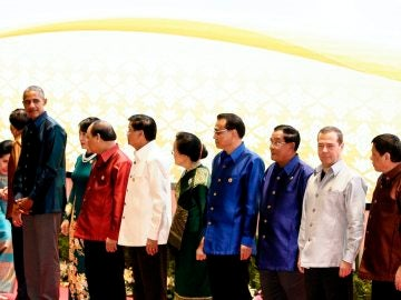 Duterte y Obama se reúnen brevemente en Laos tras su incidente diplomático