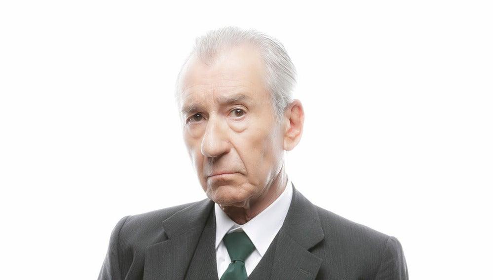 Pepe Sacristán es Don Emilio