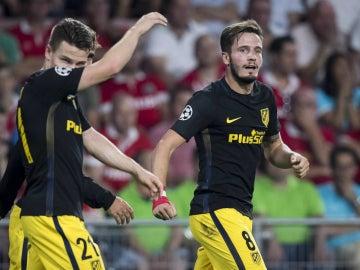 Saúl celebra un gol con el Atlético
