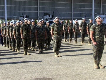 Cascos azules españoles formando en la base Miguel de Cervantes, sede del contingente español desplegado en el marco de la Fuerza Interina de Naciones Unidas en el sur del Líbano