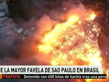 Frame 24.408436 de: favelas brasil