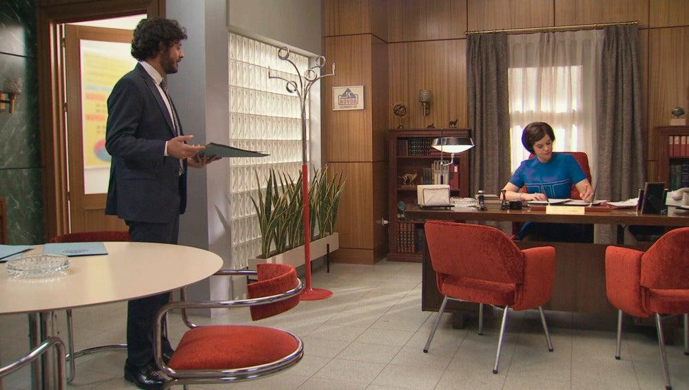 Jaime y Marta en electrodomésticos Novoa