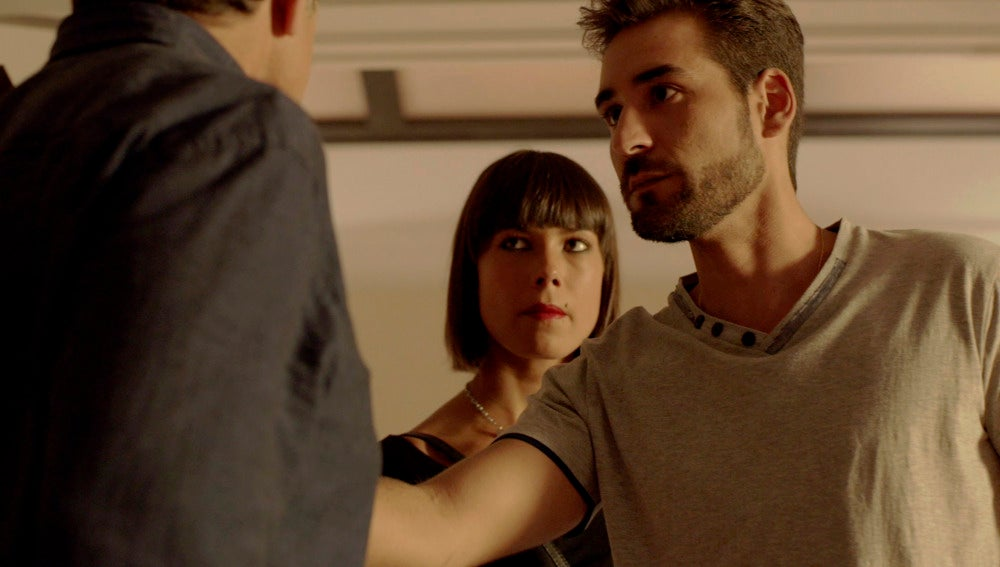 Pilar y Lolo se enfrentan a Juan Rueda